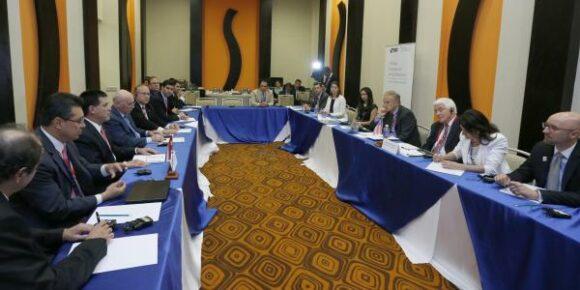 Horacio Cartes se reunió con empresarios de la Cámara de Comercio de Estados Unidos